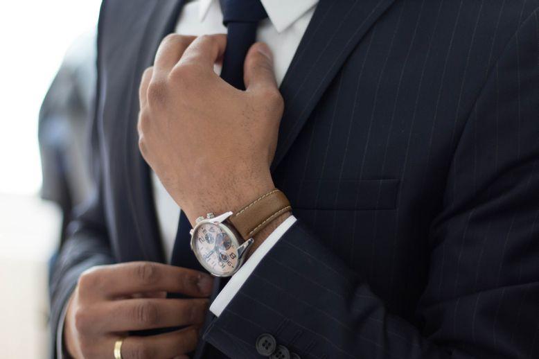 hire a luxury marketing agency